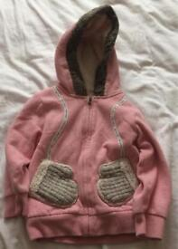 Manta Ray hoodie size 3-4 years