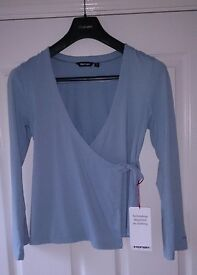 Rohan Womens Mid Blue Softwear Wrap Top Size Small As New Condition