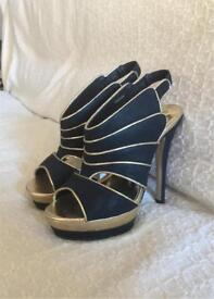 New Look Size 4 Black & Gold High Heels