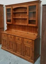 Solid pine dresser 6ft x 6ft can arrange delivery 07808222995