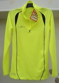 Unisex Precision Running Fluro Long Sleeved Running Jersey. Size XS