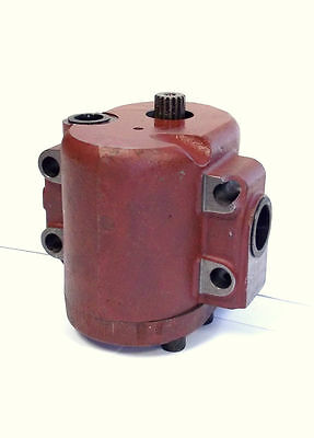Zetor Tractor Hydraulic Pump - 70114610 69114610
