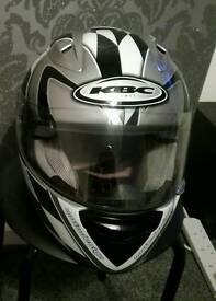 Helmet KBC