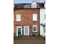 2 BED COTTAGE WITH OWN CAVE IN BEAUTIFUL BRIDGNORTH, SHOPSHIRE, OPPOSITE RIVER