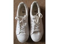 BNWT New Look 915 White Pumps - Cost £10 - Selling At £5