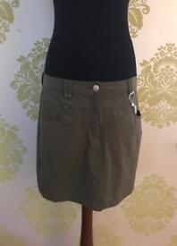 Ladies Golf Skort, Green Lamb, Size 12 & Size 14