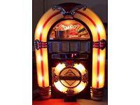 Retro Vintage Illuminated Jukebox with AM / FM radio and CD-Player