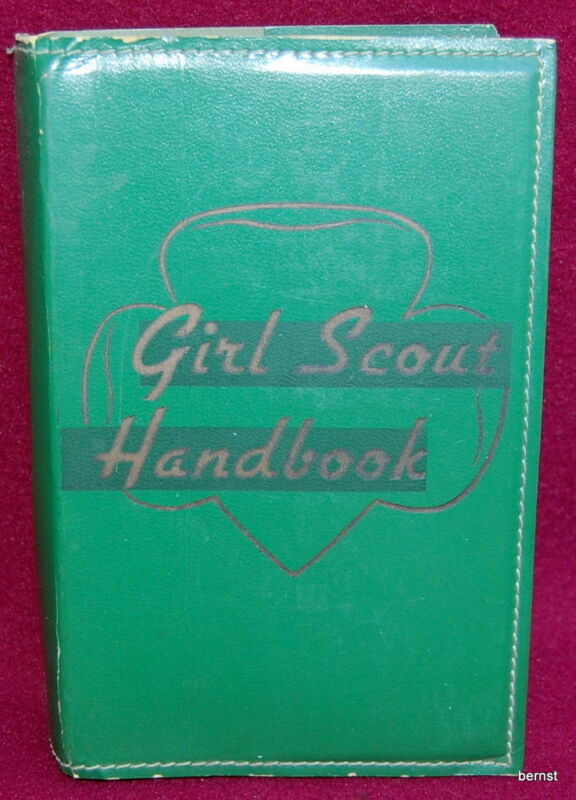 VINTAGE 1951 GIRL SCOUT HANDBOOK - 10TH IMPRESSION 1947 EDITION - LEATHER COVER