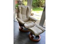 EKORNES STRESSLESS Cream Leather Recliner and Footstool