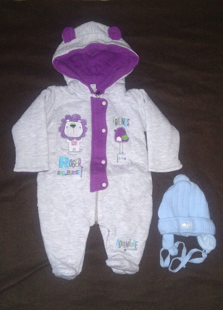 8b1ce07f9a0 0-3 months snowsuit + baby hat with earflaps and ties under the chin ...