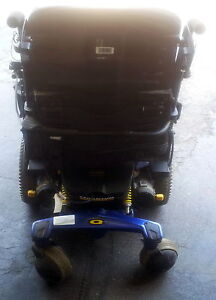 Pride Mobility Quantum Rehab Q6000 Power Wheelchair Kitchener / Waterloo Kitchener Area image 3