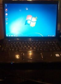Laptop Presario V6000