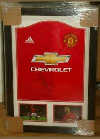 Henrik Mkhitaryan signed professionally framed manchester united shirt with Coa