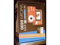 VIVITAR VIVICAM 8690 Digital Camera