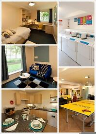 a flat in Kincardine Court/ensuite room/single bed/only student/Mancheter