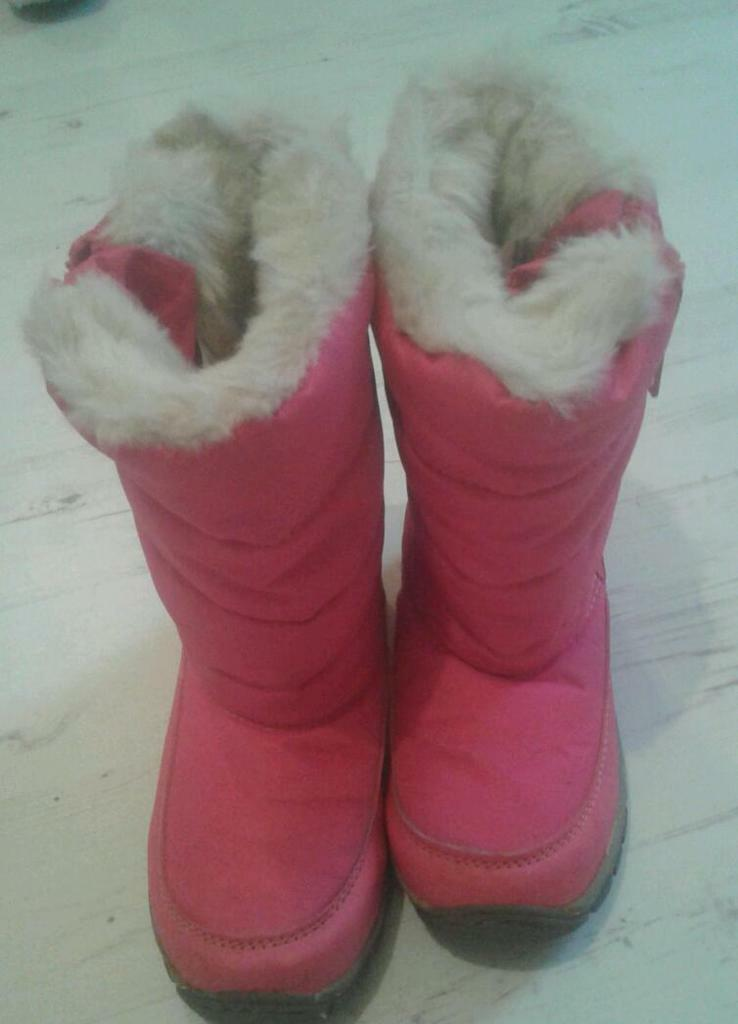 Next girls fur pink snow boots