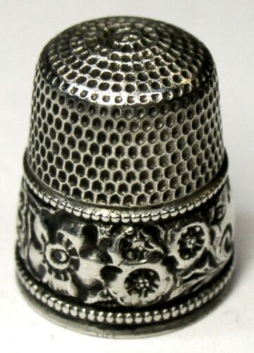 "Antique Simons Bros. Sterling Silver Thimble  ""Repousse Boarder""  ""HG""  C1890s"