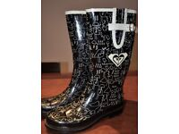 Roxy Women's Wellington Boot. Black with white draws. Size 5 (EU38)