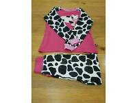 Girls pyjamas 6- 8 yrs