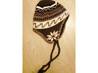 Unisex Men Ladies' Brown Hippy Flake Ski Winter Tassle Sherpa Style Beanie Hat.