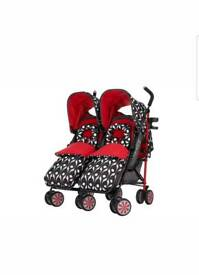 Double pushchair/stroller