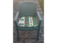 4 Green Plastic Garden Chairs with Cushions