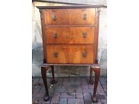 Antique / Vintage Chest of Drawers