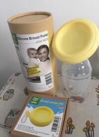 Haakaa silicone breast pump