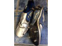 Men's football boots size 10