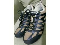 Donnay Men Trainers size 43 (9.5)