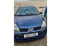 Renault Clio 2003 diesel 5dr - £200 OBO - for parts/needs work