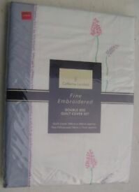 Catherine Lansfield Fine Embroidered Double Duvet and Pillows Covers Set