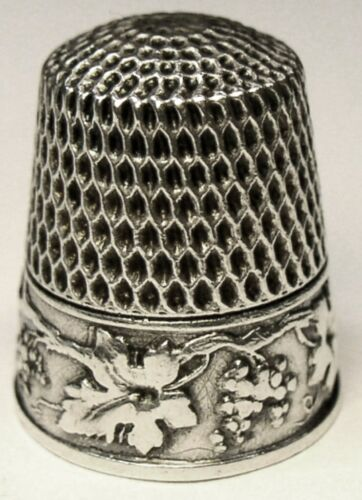 "Antique Webster Co Sterling Silver Thimble  ""Grapes Vines Leaves""  ""M F""  C1900s"