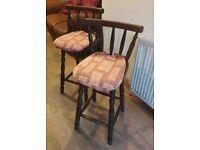 Solid Wood Oak Brown & Decorative Cushioned Kitchen Bar Stools x2