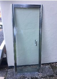 Shower tray and shower door