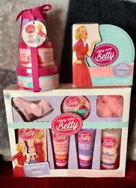 3 x Along Came Betty Gift Sets £15 The Lot