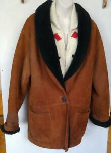 Oakville 100% SHEARLING COAT Holt Renfrew Vintage Sheepskin Coat Oversized Medium Fits Large 44 Retro