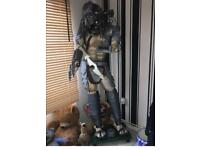 Looking to buy A full-size predator statue