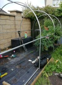 Steel frame for 4m by 2m greenhouse / polytunnel