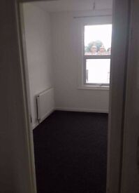 ALL BILLS INCL. .4 Bed FLAT in Leyton, E10..Available NOW..ideally for sharers/Prof..£2200pcm !