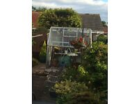 6x6 Greenhouse (good condition & dismantled)