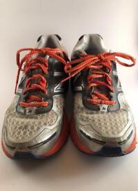 New Balance Mens 860v4 Running Shoes, UK9, Width - D