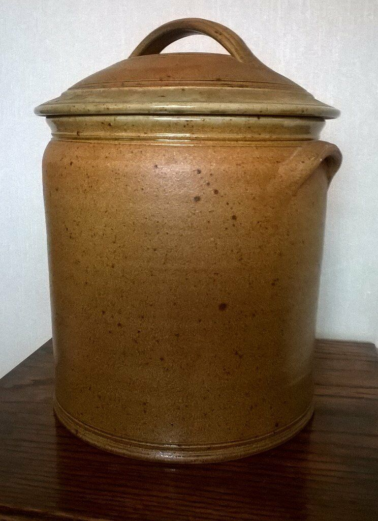 Ceramic Bread Bin Pot Large In Blythe Bridge
