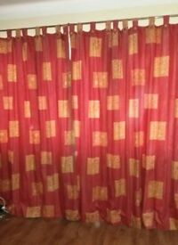 Pair curtains