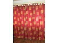 Pair curtains