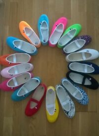 Women's Flat Shoes Job Lot-63Pairs