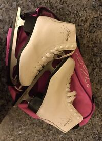 Size 4 Ice Skates with Bag