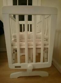 Mamas and papas white crib