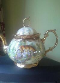 China cottage teapot