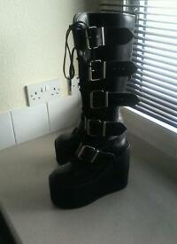 Reduced !!! Ladies Boots, Biker, gothic leather boots size 5